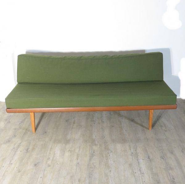 Antimott Sofa By Peter Hvidt For Knoll 1955 For Sale At Pamono