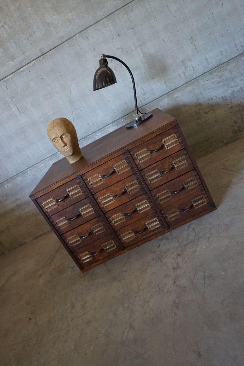 industrieller werkzeugschrank aus kiefernholz bei pamono kaufen. Black Bedroom Furniture Sets. Home Design Ideas