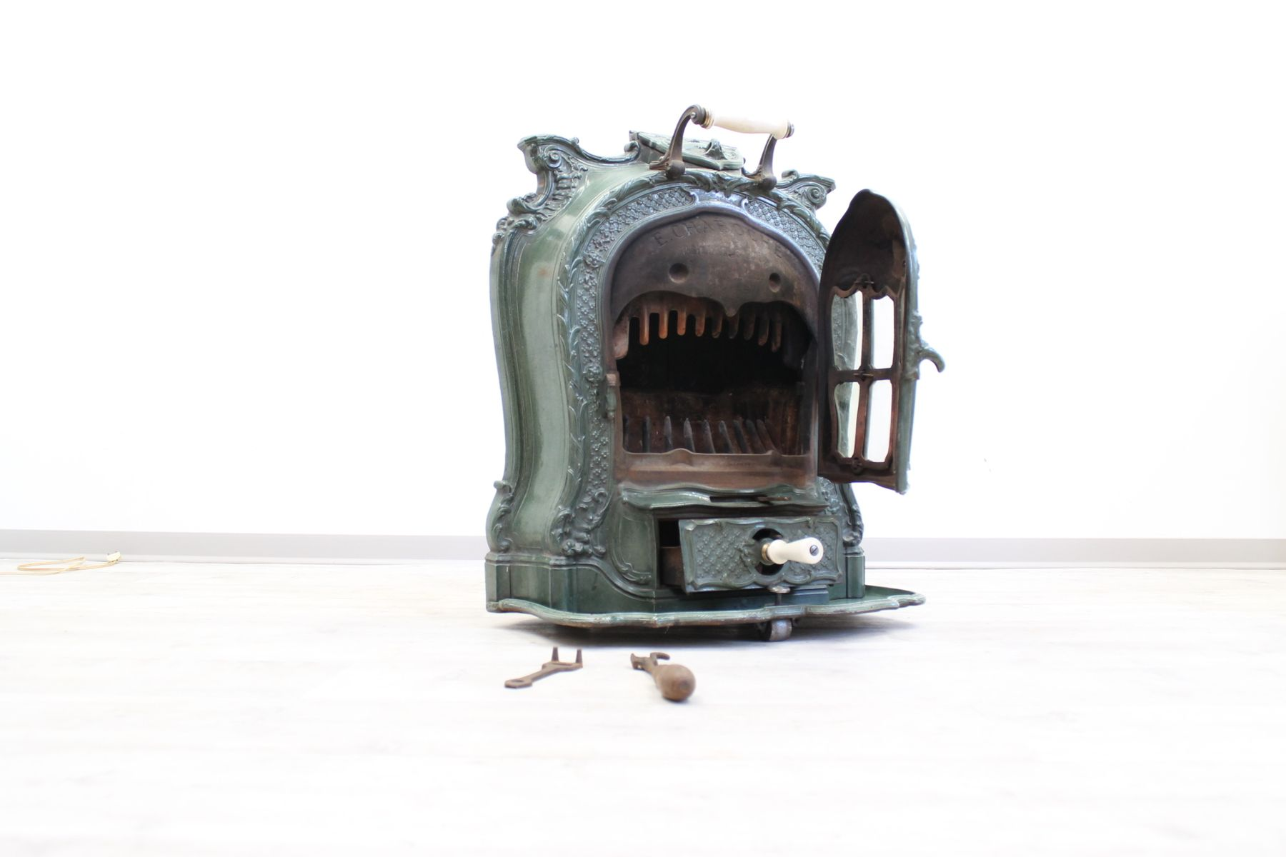 Antique French Salamander Stove For Sale At Pamono