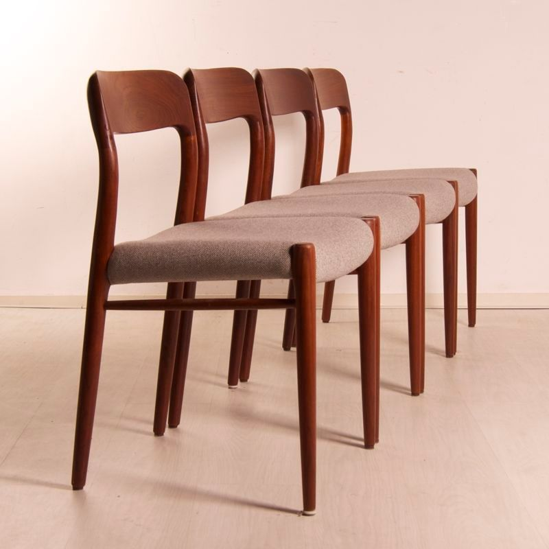 75 Teak Dining Chairs By Niels Otto Moller For JL Møllers Møbelfabrik, Set  Of 4 For Sale At Pamono